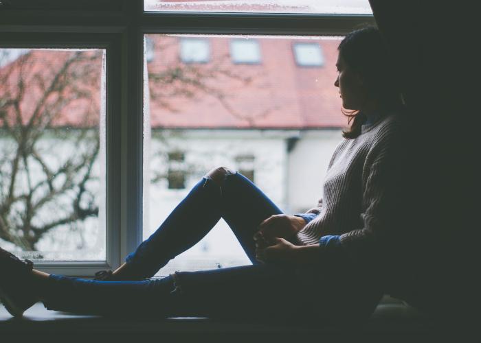落ち込む 生理 が 中 気分 生理前や生理中に落ち込む。だるい。何もしたくないときの対処法【薬・PMSについても】
