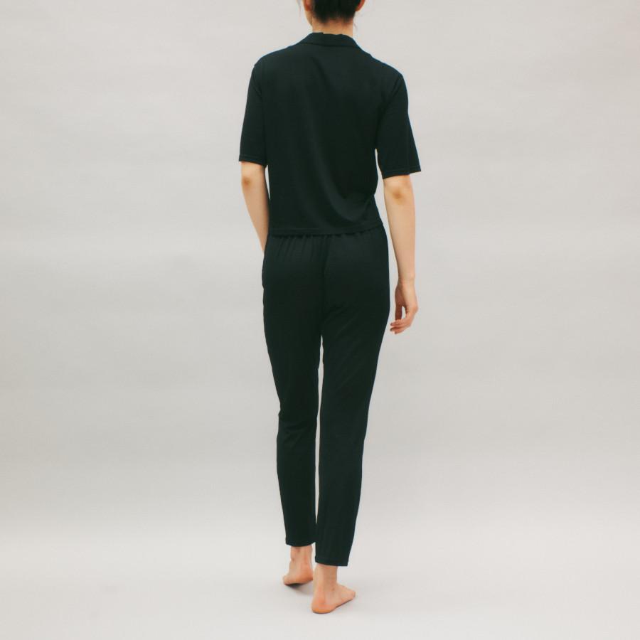 lounge WRAY シルクナイトウェア パンツ ブラック 着用イメージ